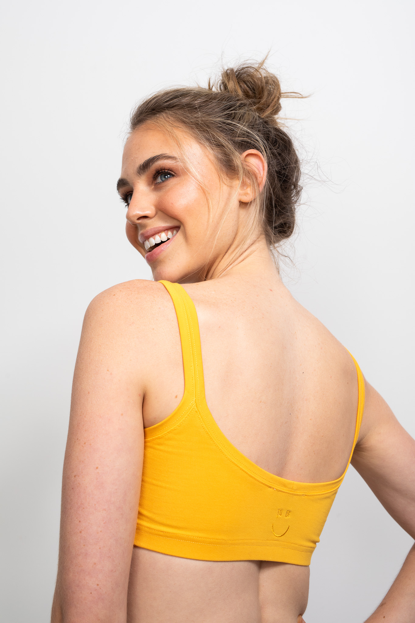 Our Happy Crop Marigold is a new favourite in The Happy People's To Be Collection.It features our iconic To Be U logo embroidered on the back centre.
